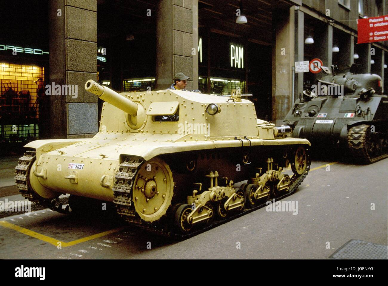 Italian army self propelled anti tank gun fiat ansaldo 7518 of italian army self propelled anti tank gun fiat ansaldo 7518 of world war ii sciox Images