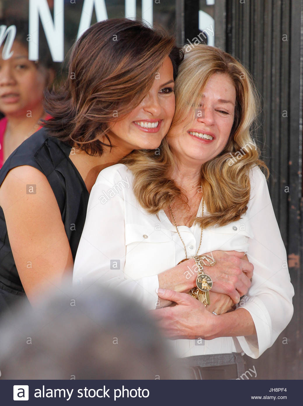 Mariska HargitayJayne Marie Mansfield Hargitay Honored With Star On Walk Of Fame