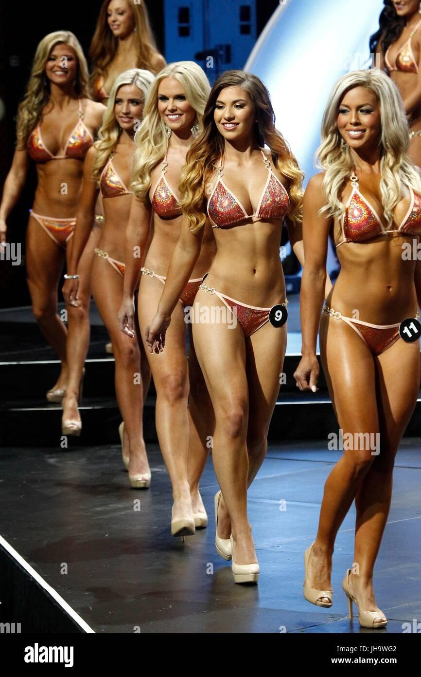 Hooters 2018 international bikini contest winner