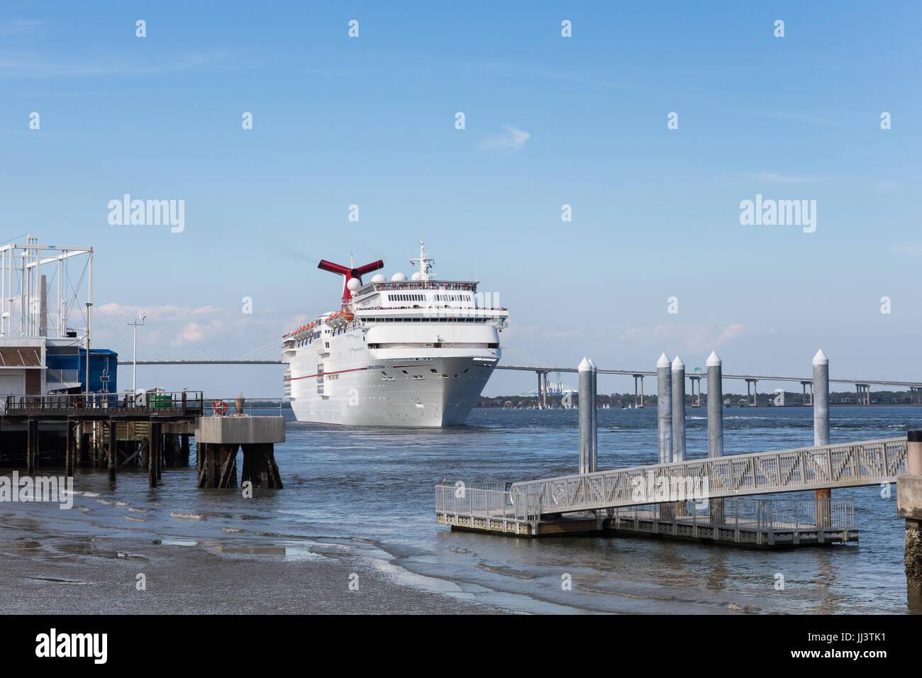 Charleston SC March Cruise Ship Leaving Historic - Charleston sc cruise port