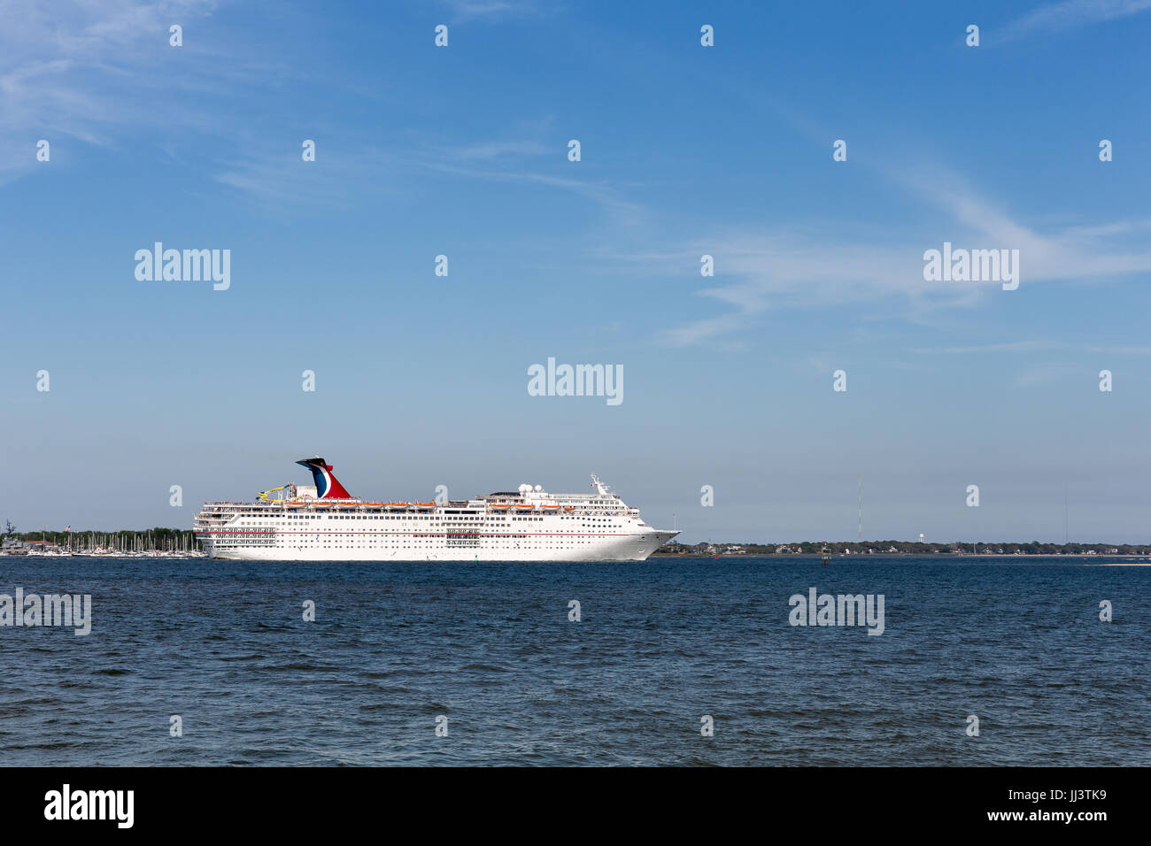 Charleston SC March Cruise Ship Leaving Historic - Charleston sc cruise ships