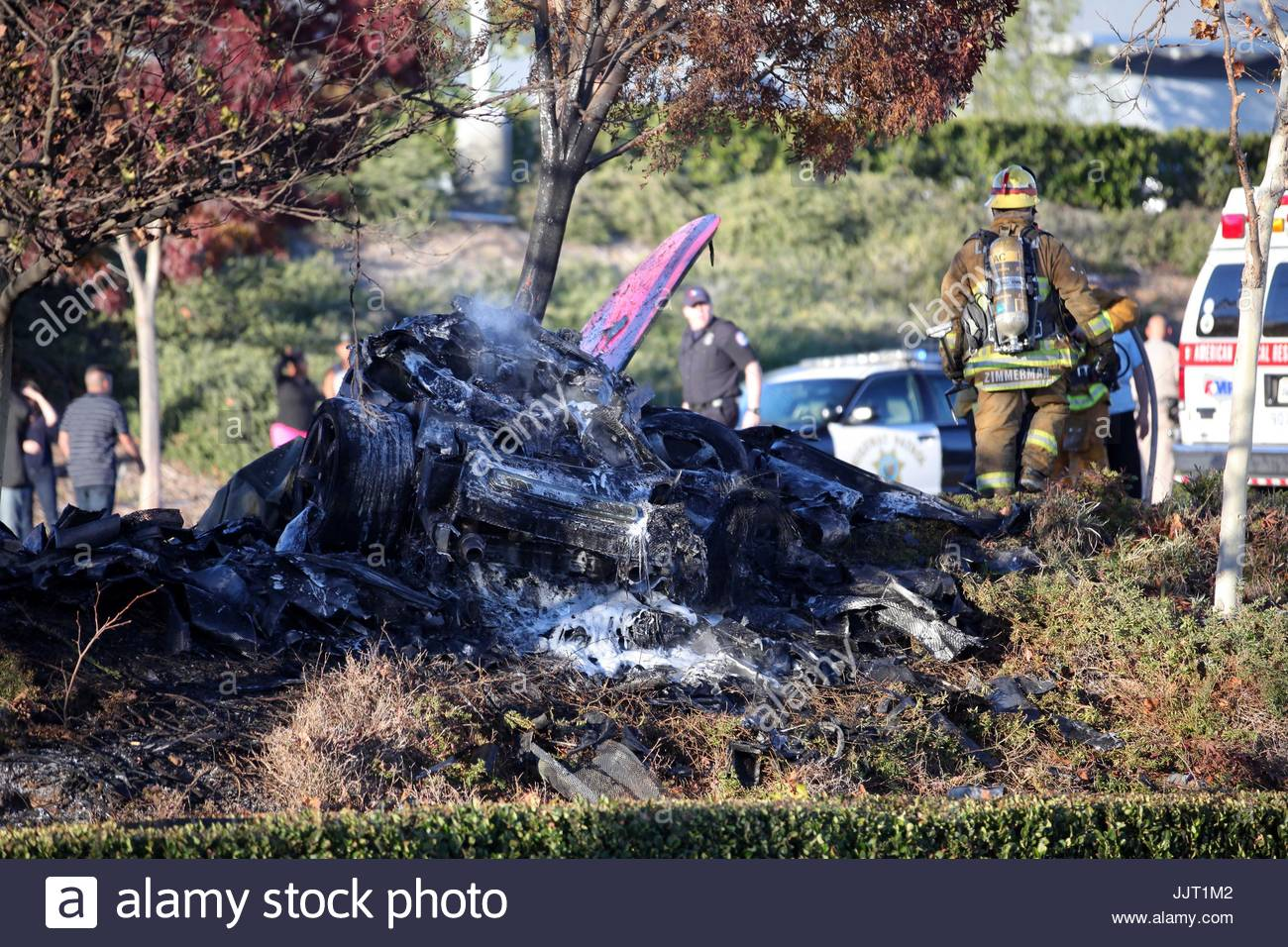 paul walker crash scene the aftermath of the tragic car crash that stock photo royalty free. Black Bedroom Furniture Sets. Home Design Ideas