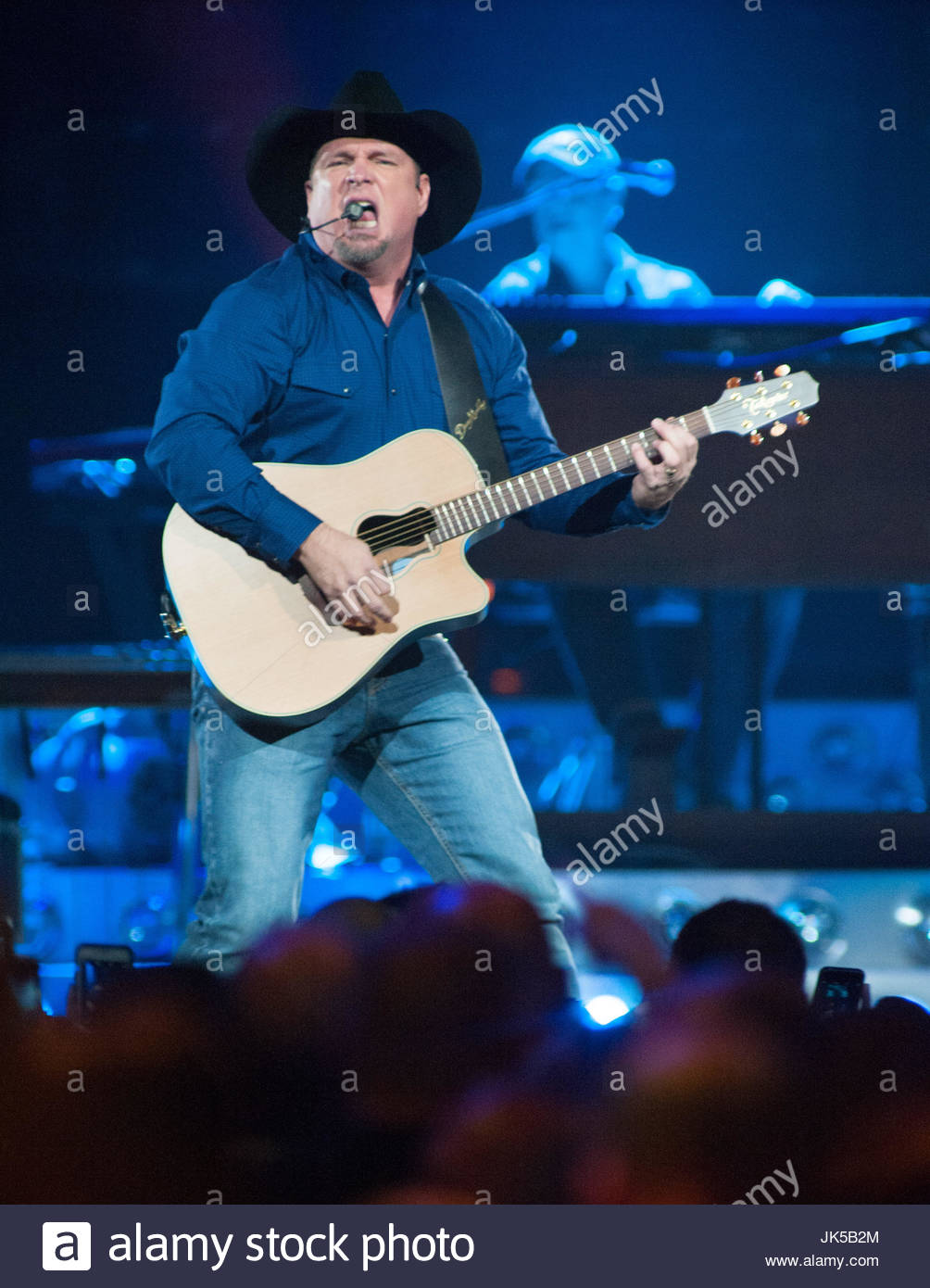 Garth Brooks 2016 Tour