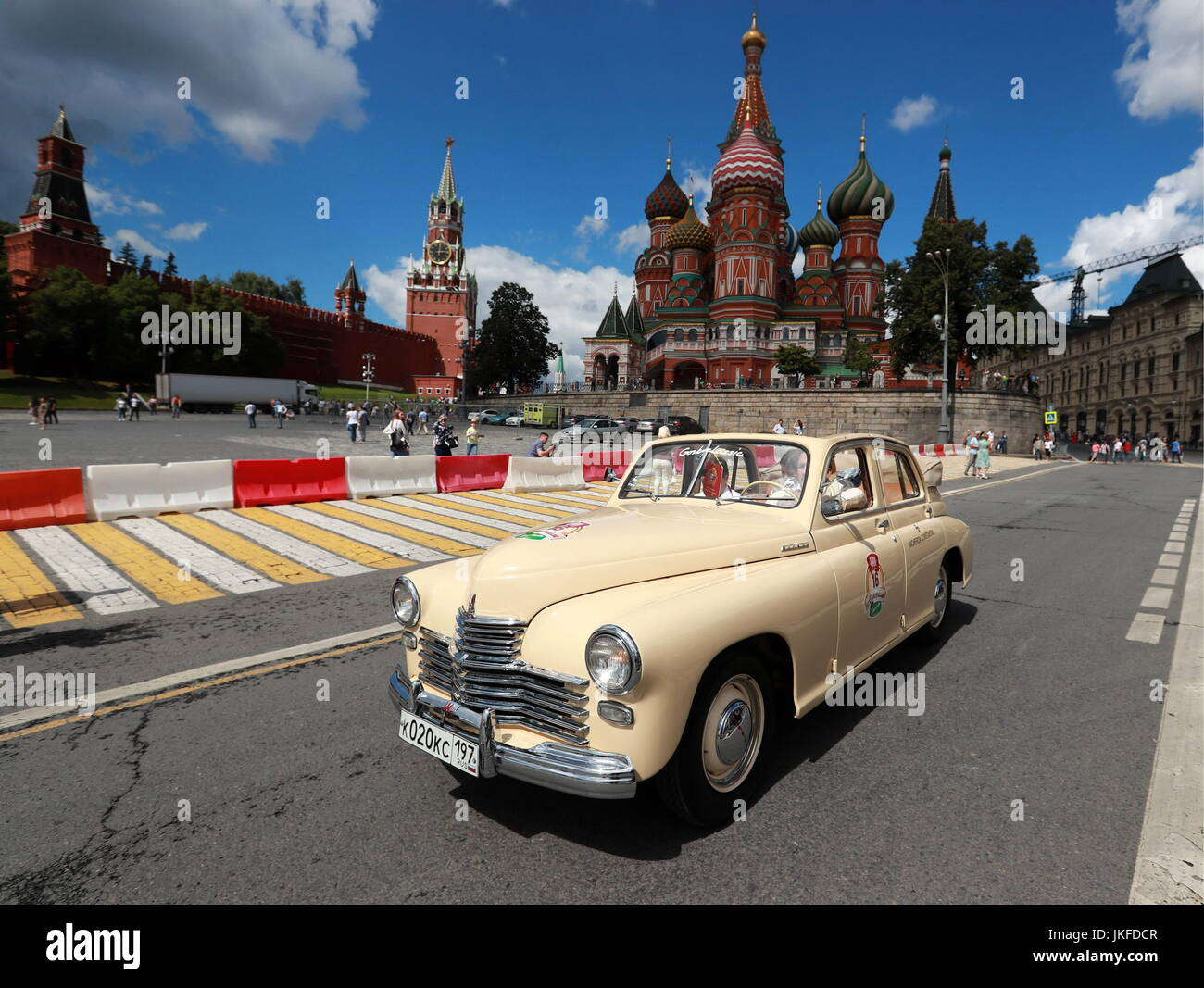 Moscow Russia 23rd July 2017 A Gaz M20 Pobeda Car Takes Part