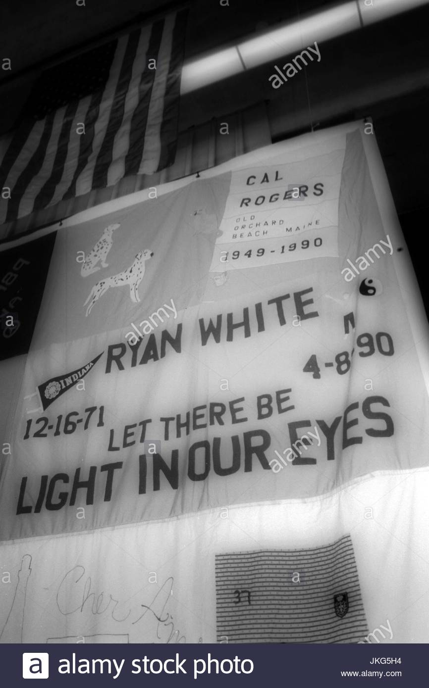 Ryan White quilt panel. Ryan White quilt panel displayed with The ... : names project quilt panels - Adamdwight.com