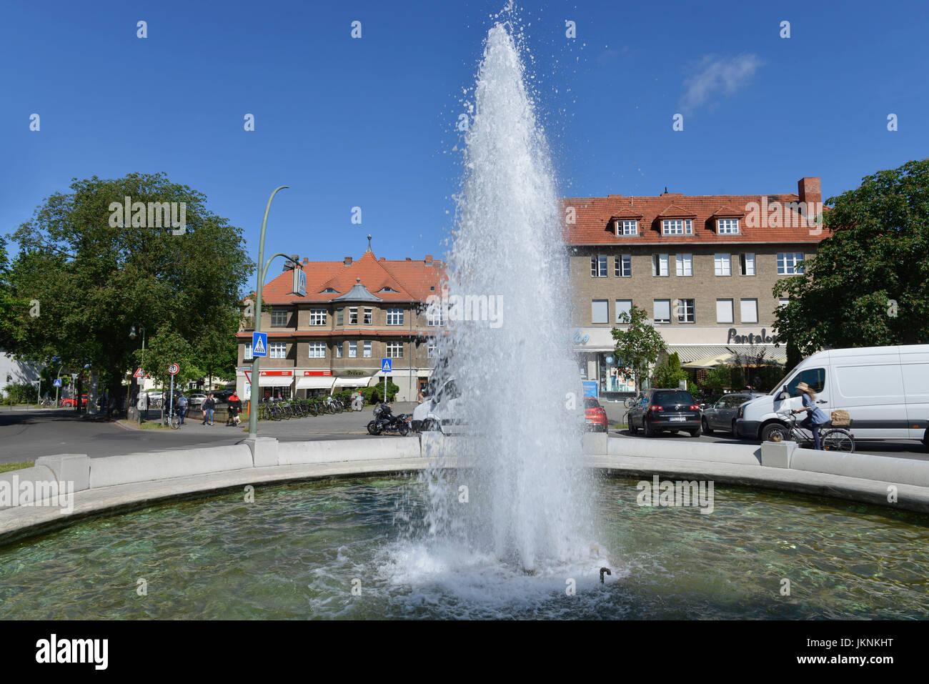 Wells, Place Ludolfinger, Frohnau, Village Reinicken, Berlin, Germany,  Brunnen, Ludolfingerplatz, Reinickendorf, Deutschland