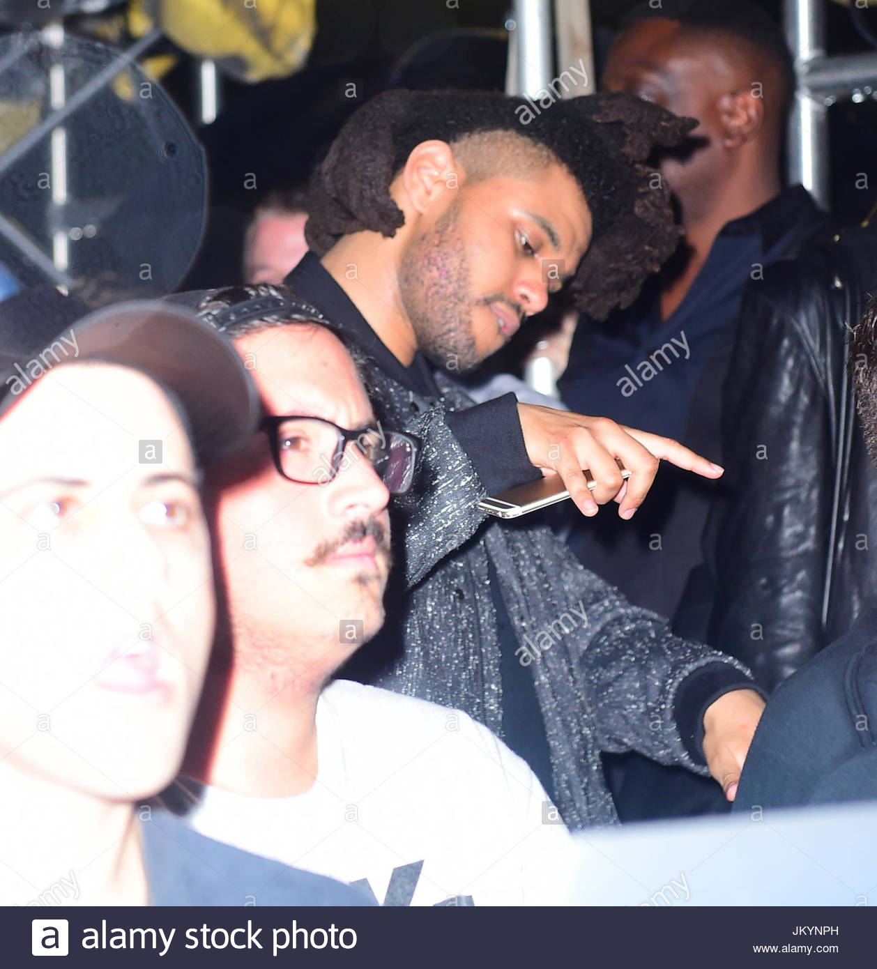 Pictures of wiz khalifa pictures of celebrities - Celebrities From All Over Came To Watch A Surprise Performance At Rihanna S Roc Nation Puma Block Party Rihanna The Weeknd Wiz Khalifa Timbaland