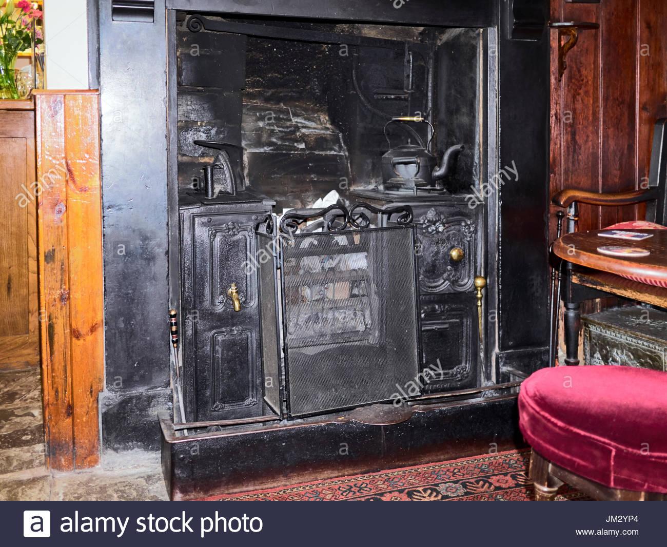 cast iron fireplace stock photos u0026 cast iron fireplace stock