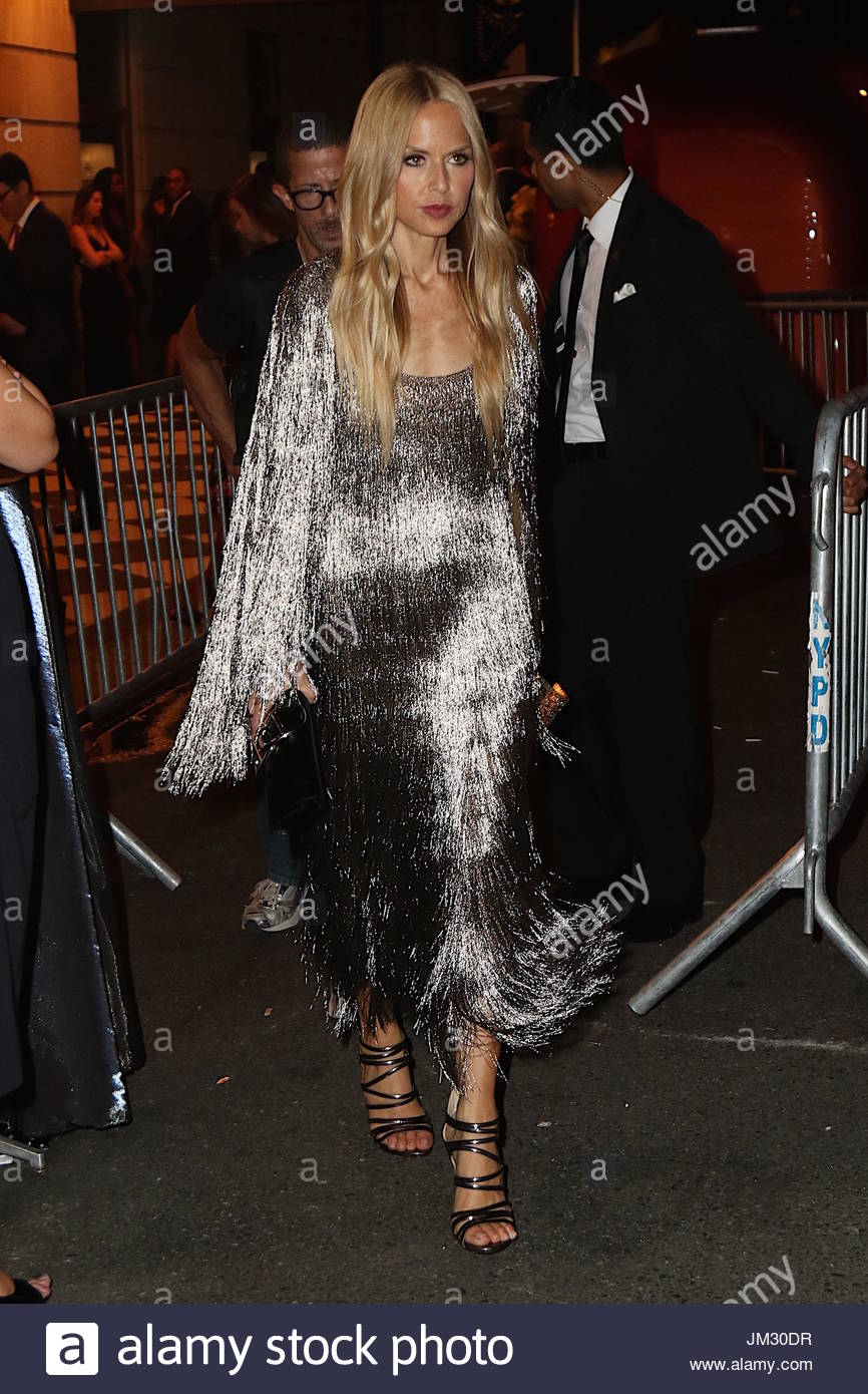 rachel zoe shimmers in jazzy silver dress at the 2015 harpers bazaar icons event at the plaza hotel and comes out showing off her mask she picked up as a - Silver Hotel 2015