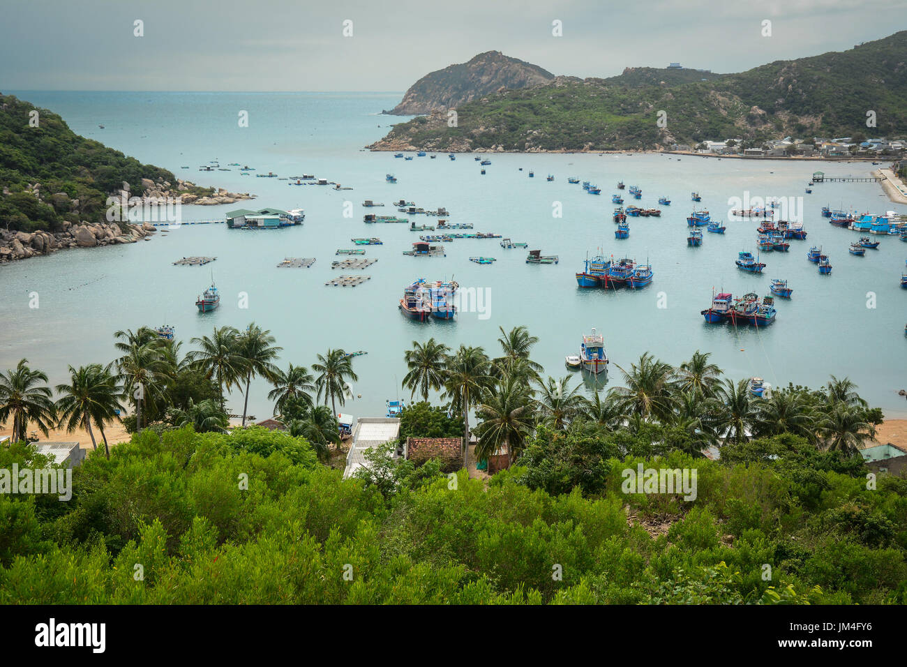Seascape of vinh hy bay in phan rang vietnam vietnam coastline seascape of vinh hy bay in phan rang vietnam vietnam coastline along the gulf of tonkin the south china sea and the gulf of thailand publicscrutiny Images