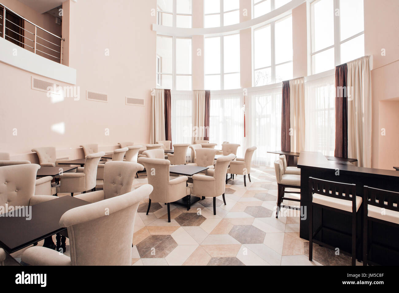 Modern luxury hotel lobby interior stock photo: 150095471 alamy