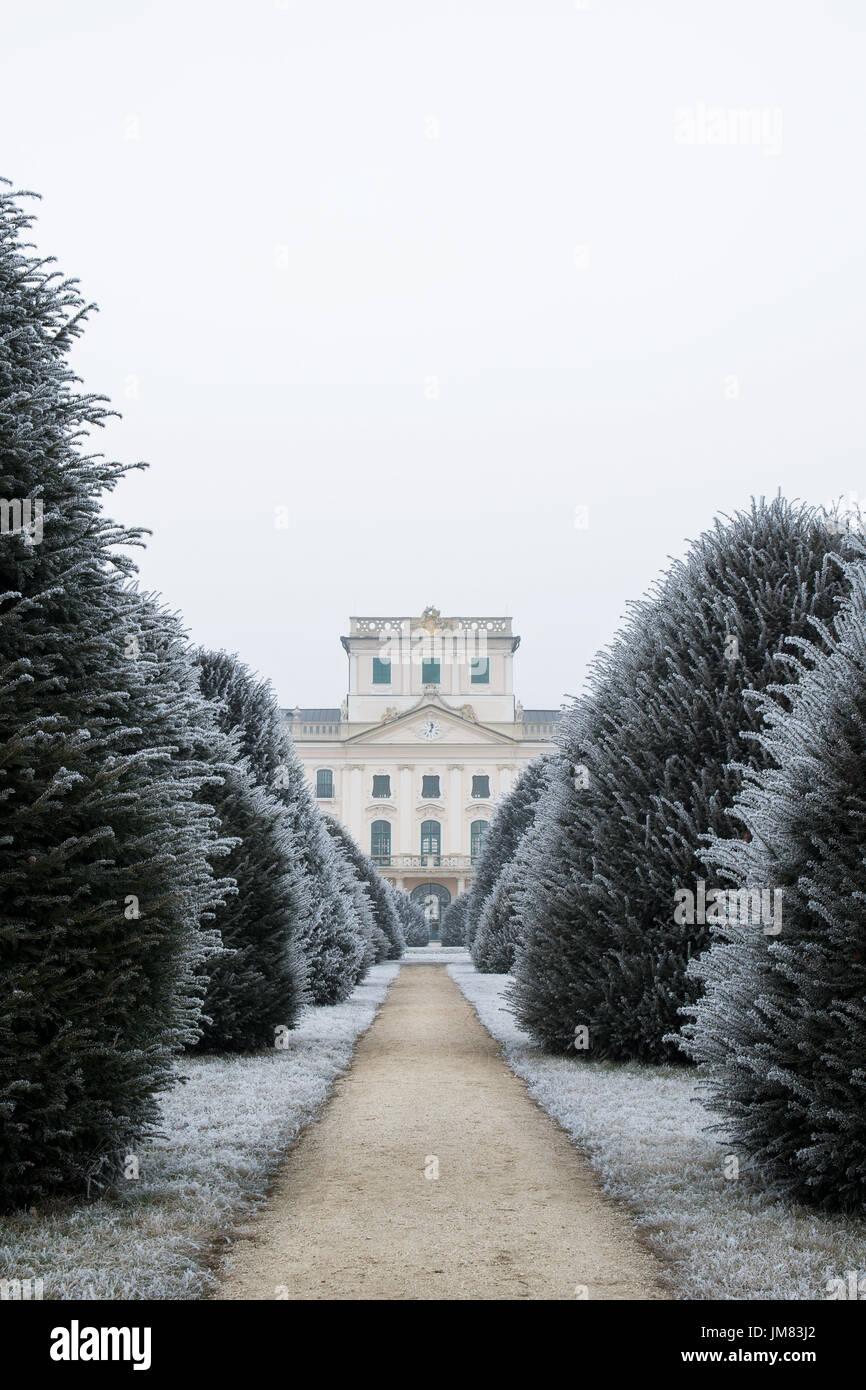 versailles garden winter stock photos u0026 versailles garden winter