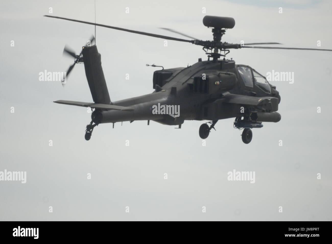 Ah 64 Apache Helicopter Stock Photos & Ah 64 Apache ...