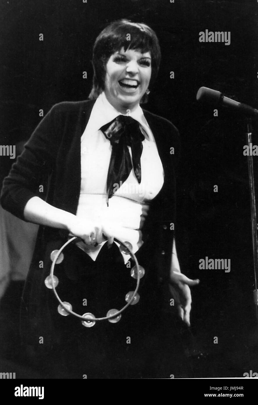 liza minnelli pictured 1974 at the winter garden theater in new