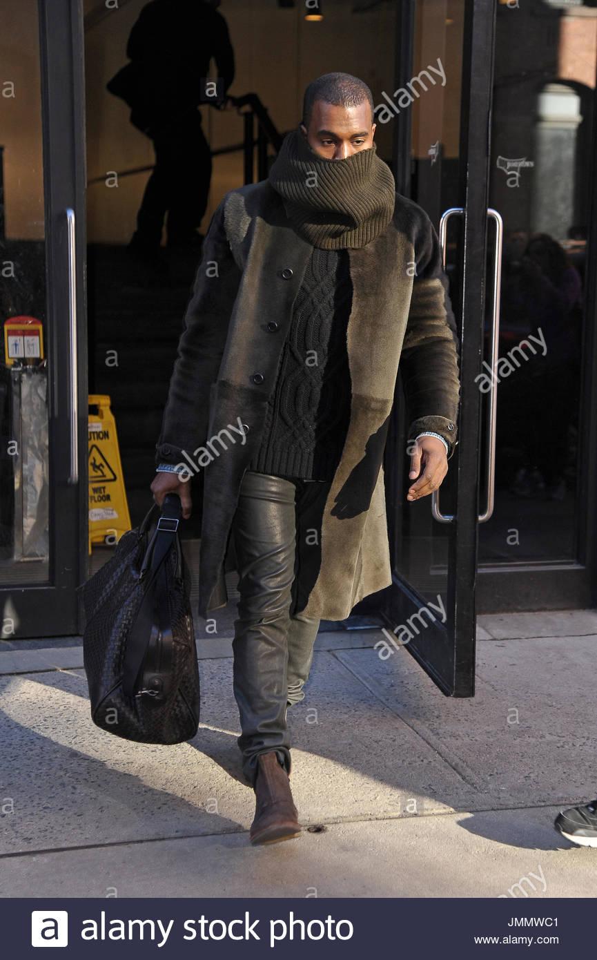 Knee Length Fur Coat Stock Photos & Knee Length Fur Coat ...