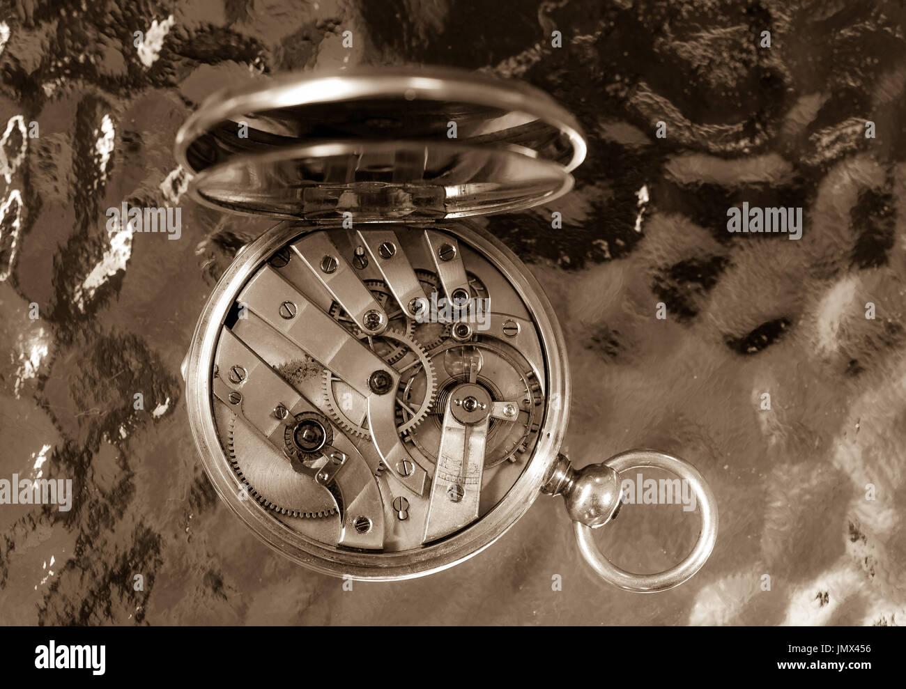 le coultre ladies smallest vintage watch