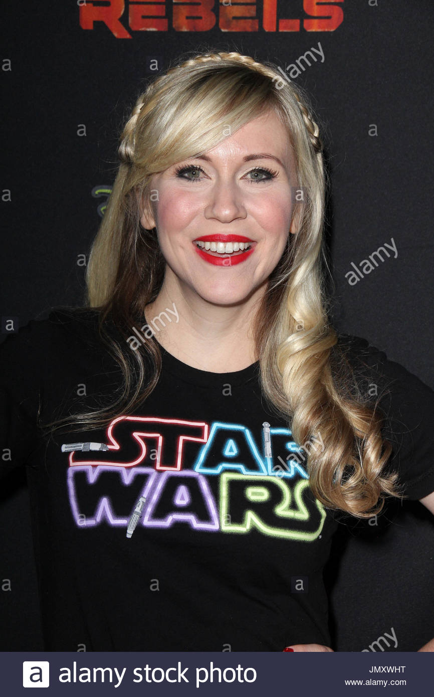 ashley eckstein celebrities arrive at the premiere of disney