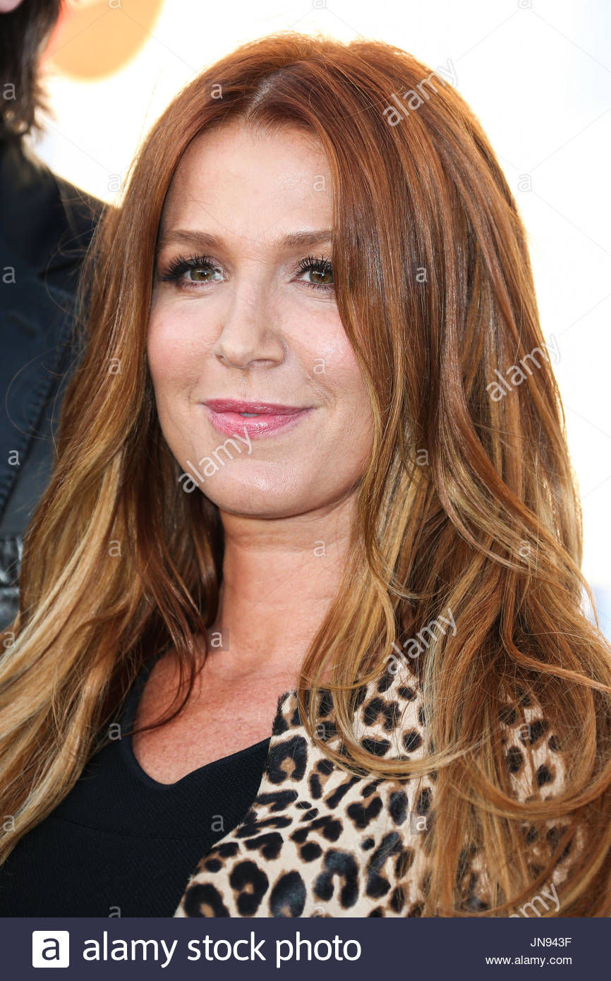 Poppy Montgomery 2015 Stock Photos & Poppy Montgomery 2015 Stock Images - Alamy