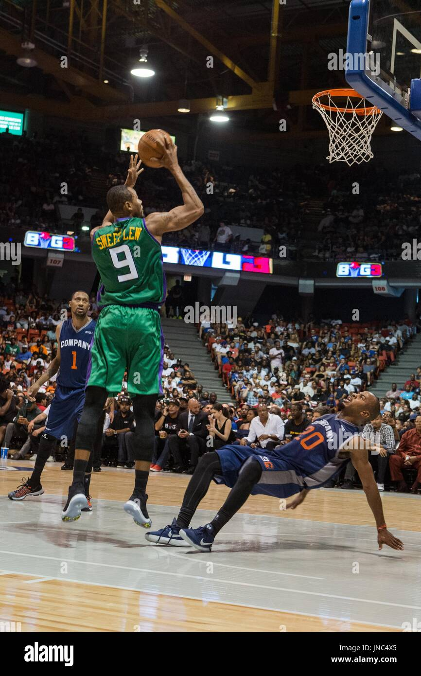 Rashard Lewis 9 3 Headed Monsters jumps to take shot as Andre