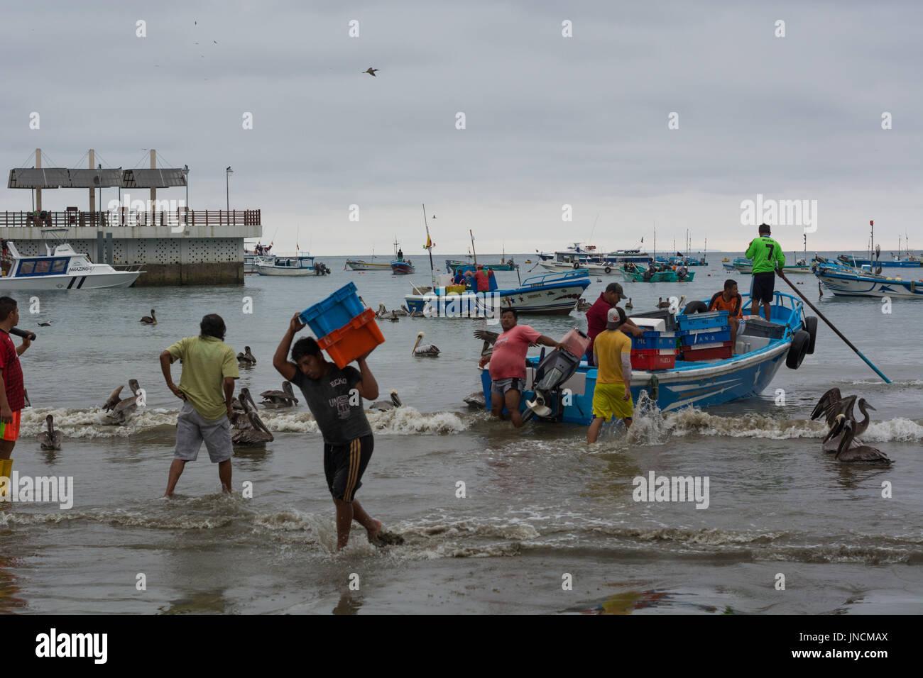 Manabi stock photos manabi stock images alamy for Fishing in ecuador