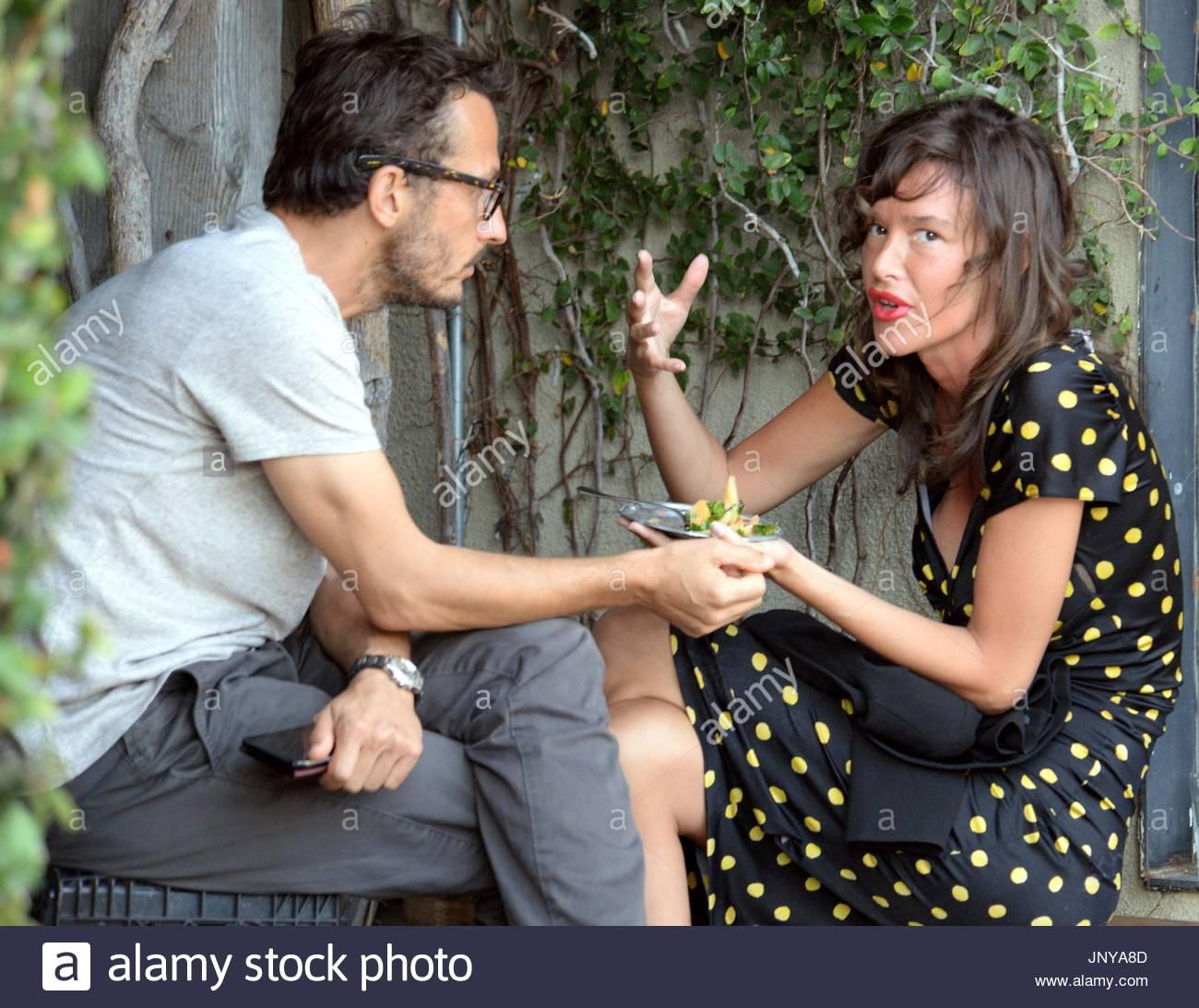 Paz de la huerta dating