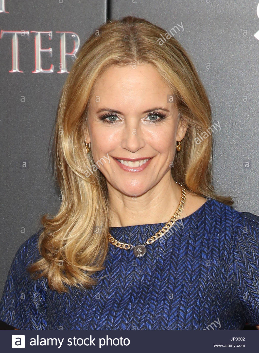 Kelly preston twins