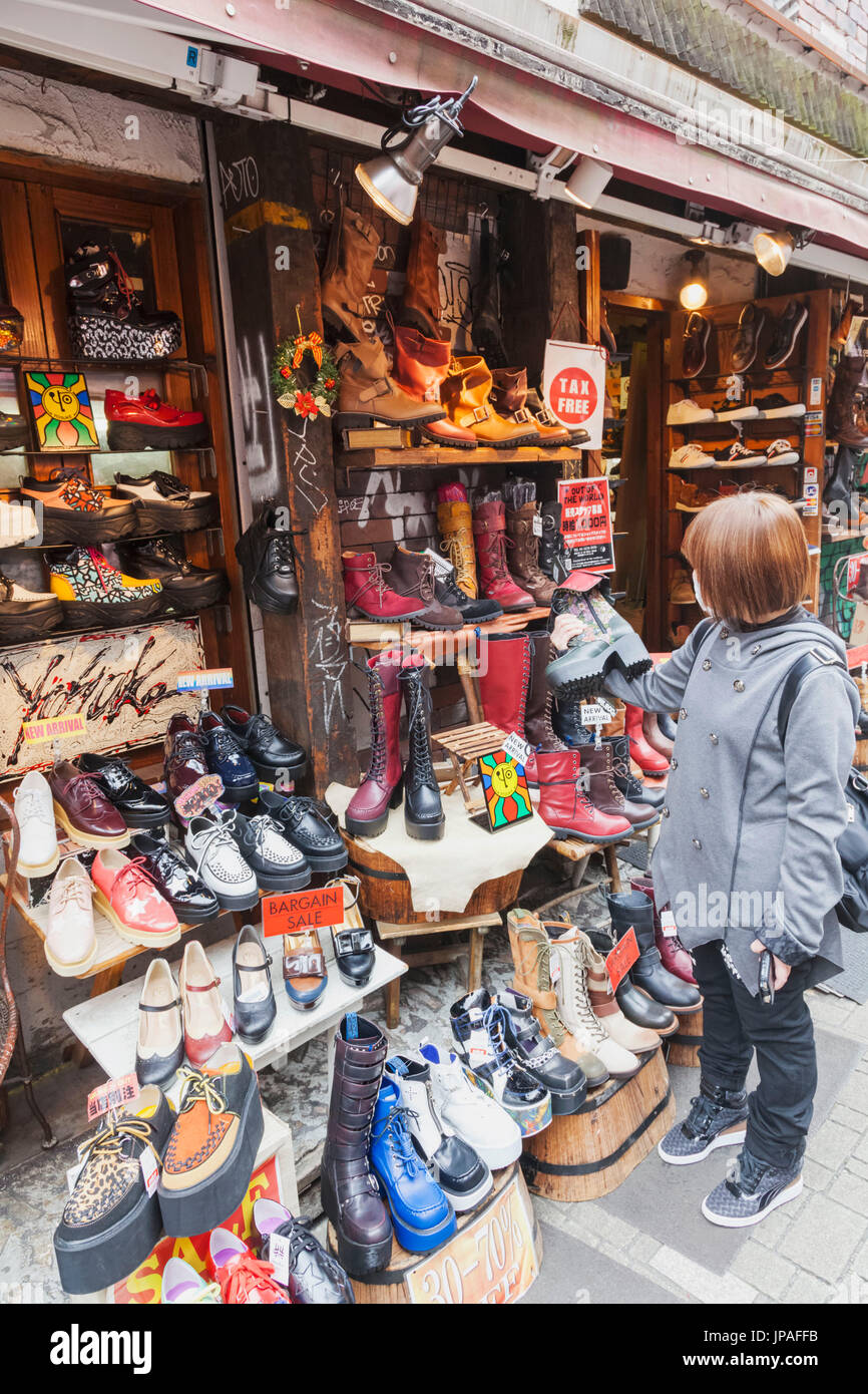 Shuh Womens Shoe Sale