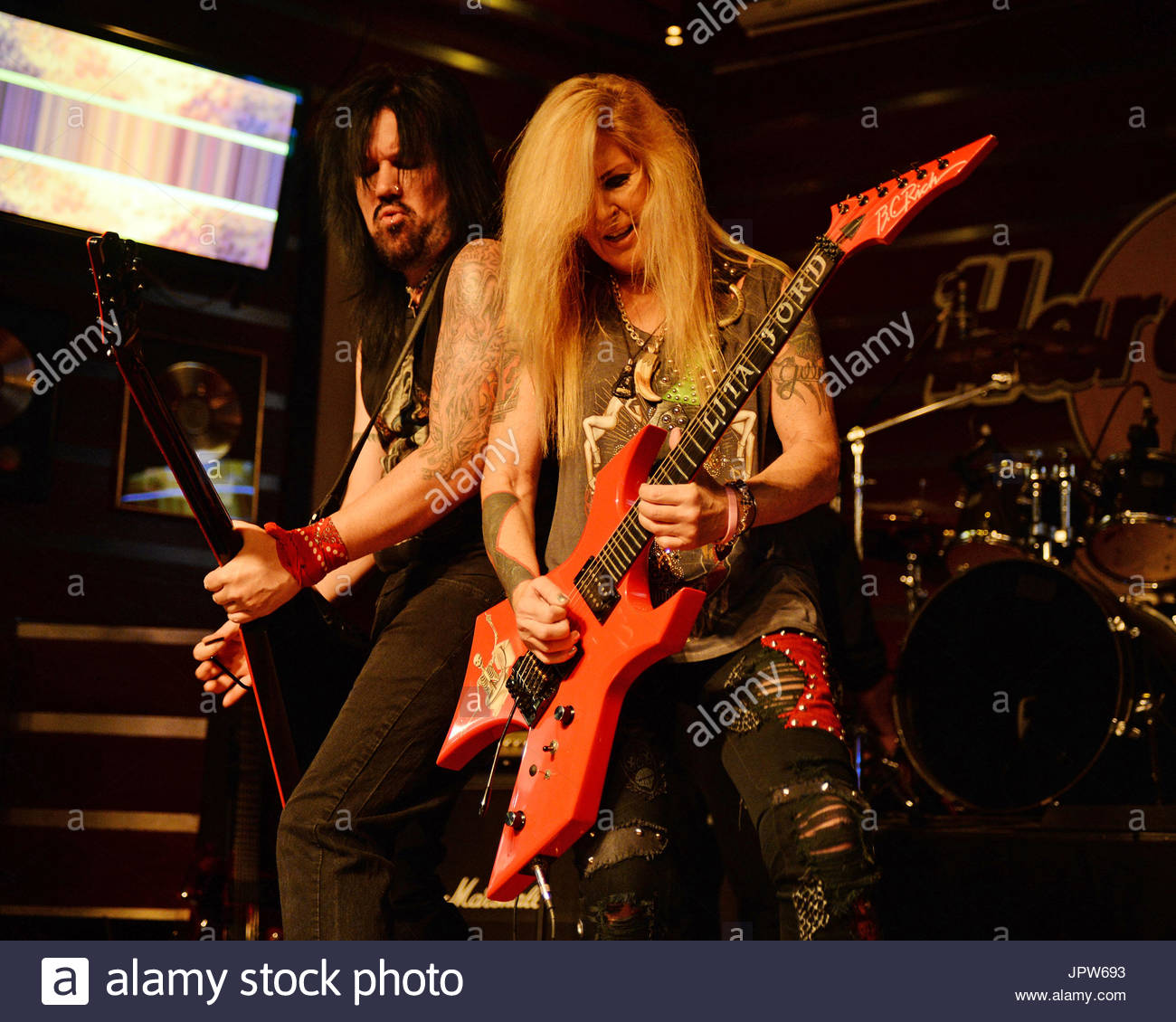 Lita ford lita ford judge a bartender contest before performing during pinktober fundraiser at hard