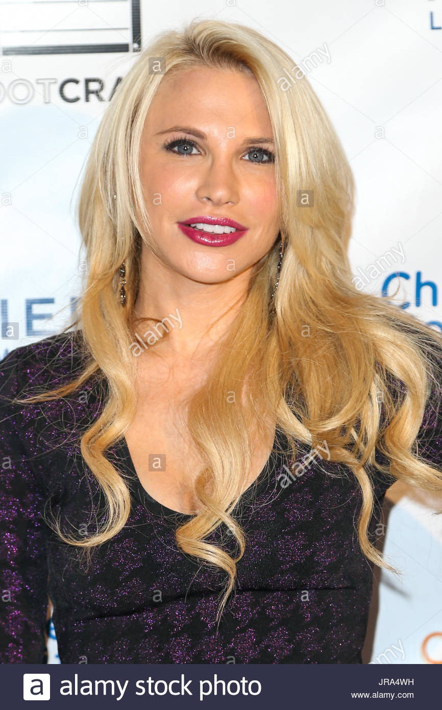 Jacqui Holland Super Sweet Toy Drive Benefiting Childrens Hospital Los Angeles At Cake Mix On March 17 2015 In Los Angeles California