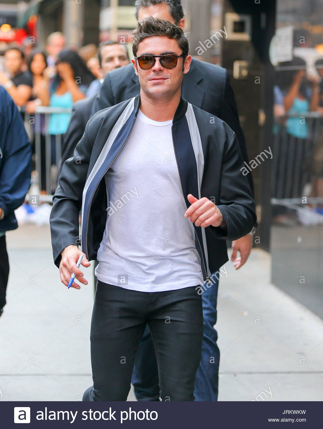 Greet and leaving stock photos greet and leaving stock images zac efron zac efron spotted running to meet and greet his fans while leaving the kristyandbryce Images
