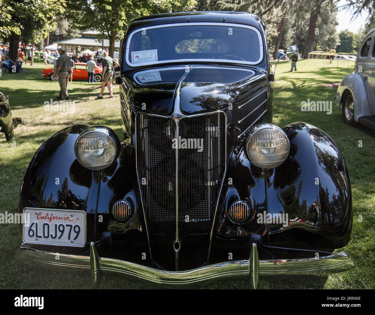 Vintage cars at the Back to the Fifties Car Show in Grants Pass ...