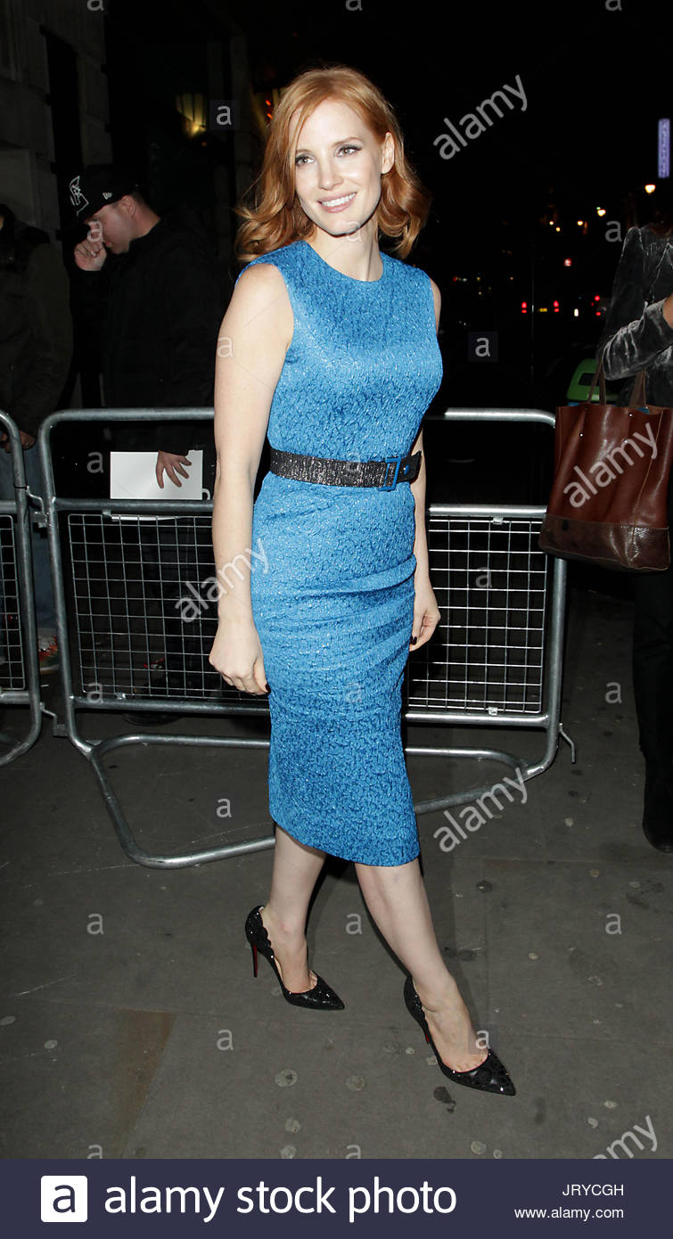 Jessica Chastain. Jessica Chastain wears tight fitting blue dress to ...