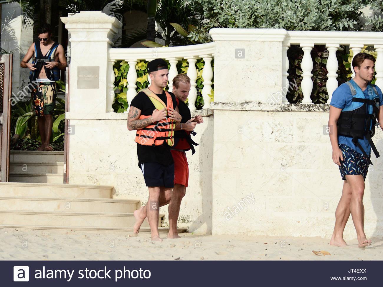 Jaymi Hensley And Olly Marmon Wedding: Jaymi Hensley Stock Photos & Jaymi Hensley Stock Images