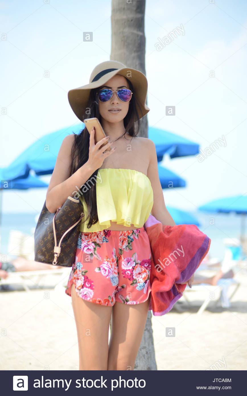 Was Bikini model stunning are