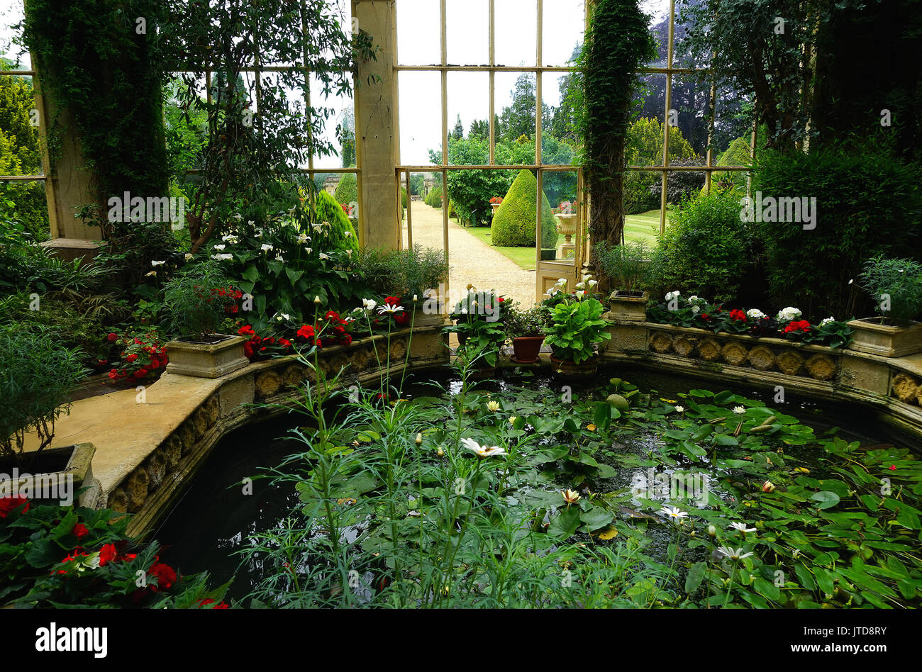 Victorian conservatory stock photos victorian for Castle gardens pool