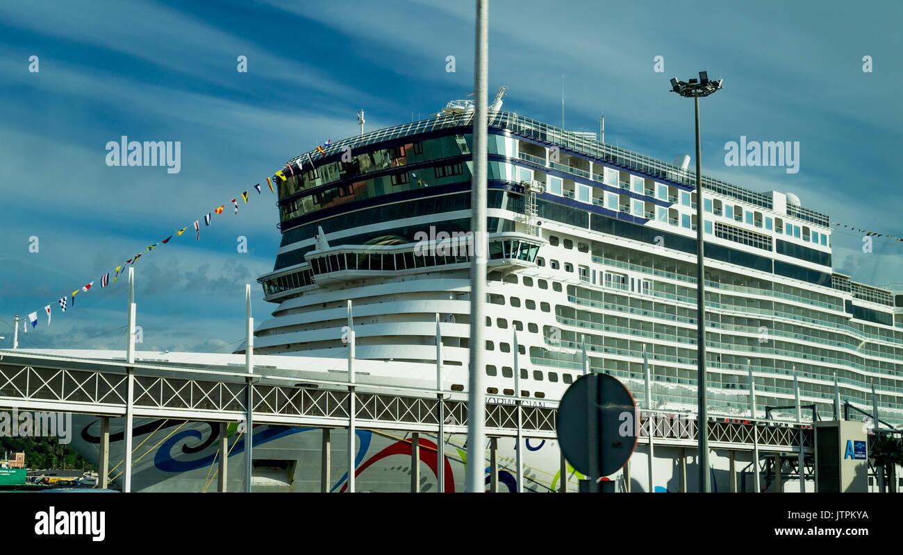 Norwegian Epic Cruise Stock Photos Amp Norwegian Epic Cruise Stock Images Alamy