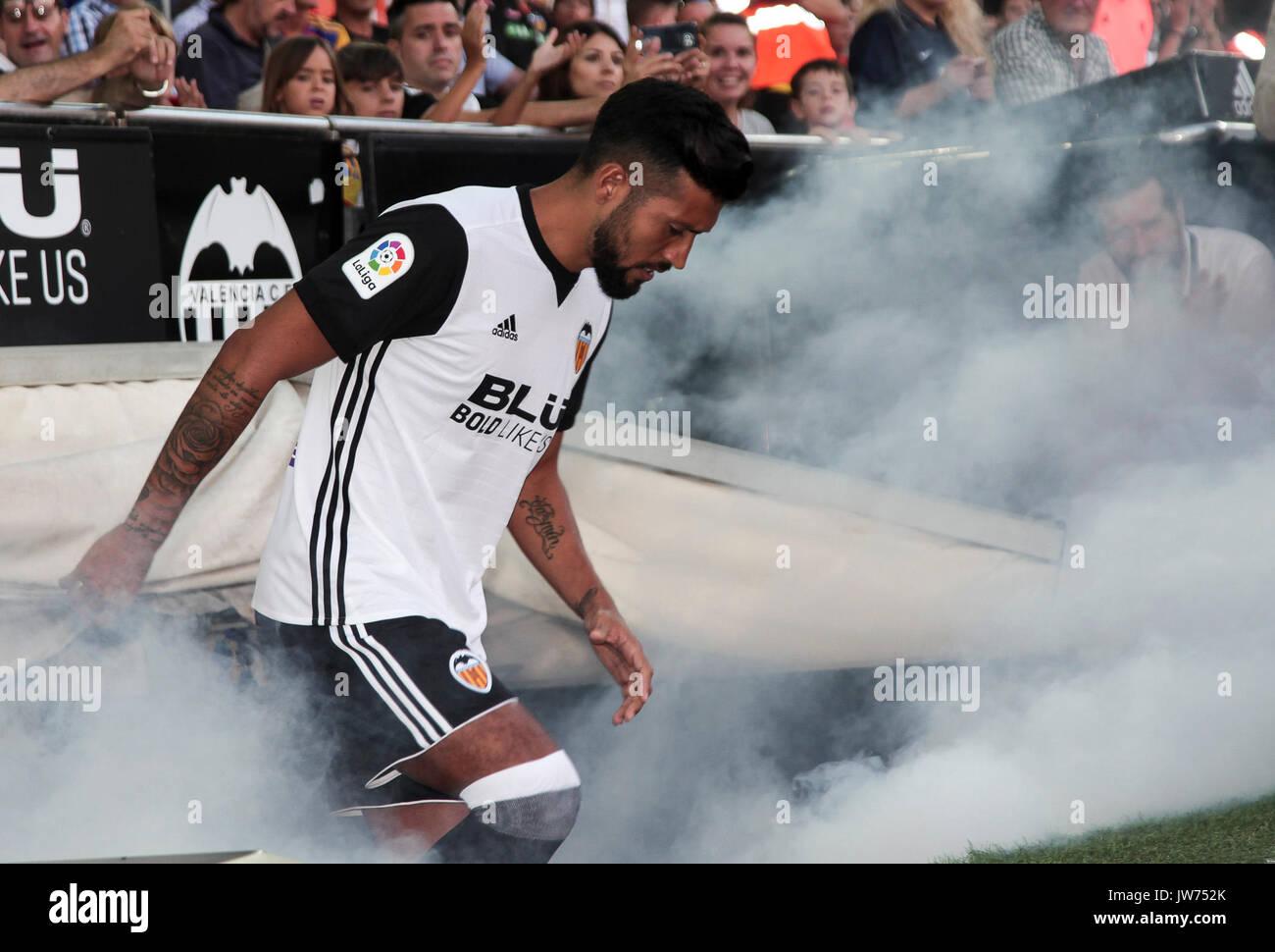 Ezequiel Garay in Valencia CF presentation for the 2017 18 season
