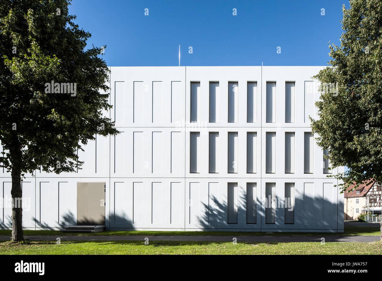Architekten Biberach elevation of sunlit rear facade finanzamt finance office biberach