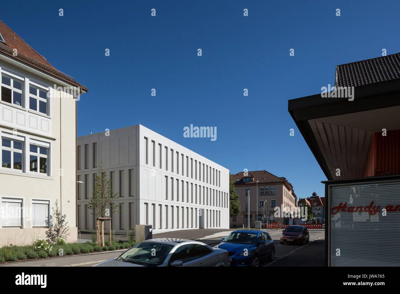 Architekten Biberach oblique elevation with entrance finanzamt finance