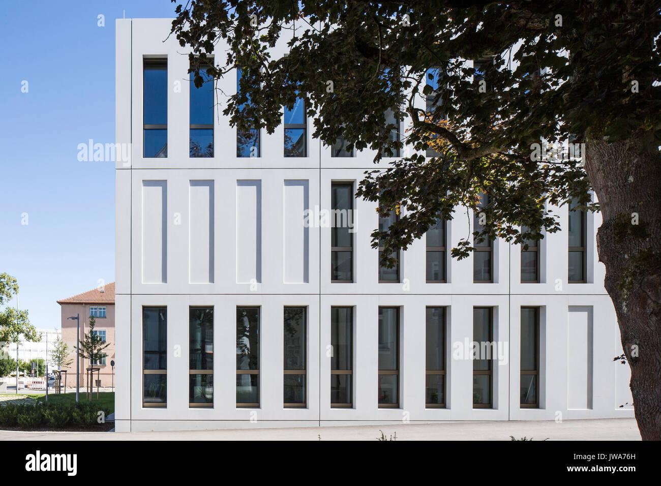 Architekten Biberach facade detail with fenestration finanzamt finance office biberach