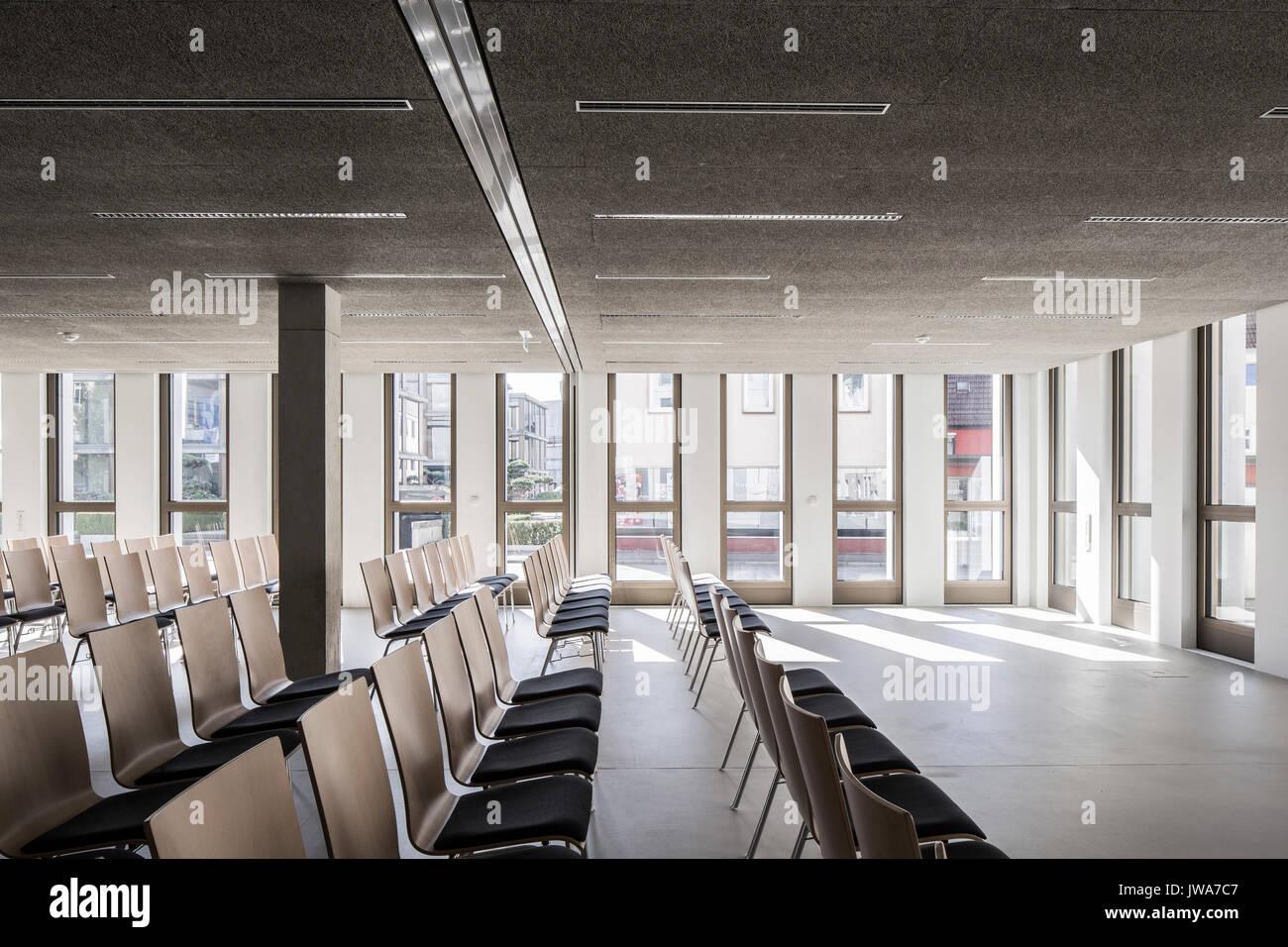 Architekten Biberach meeting room with fenestration finanzamt finance office biberach