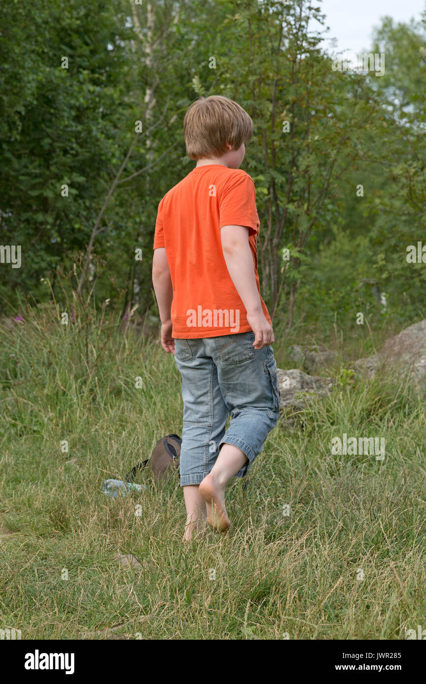 Barefoot Boy Stock Photos Amp Barefoot Boy Stock Images Alamy