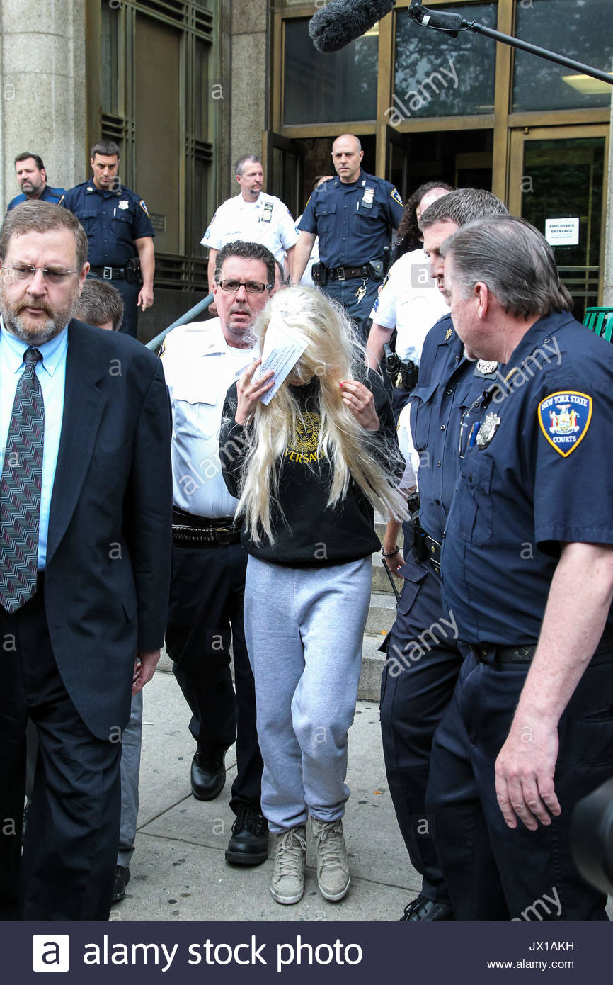 Amanda Bynes Holds Desk Appearance Ticket As She Emerges From Manhattan  Criminal Court In NYC. Amanda Was Wearing A Long Blonde Wig, With Her Hands  Missing ...