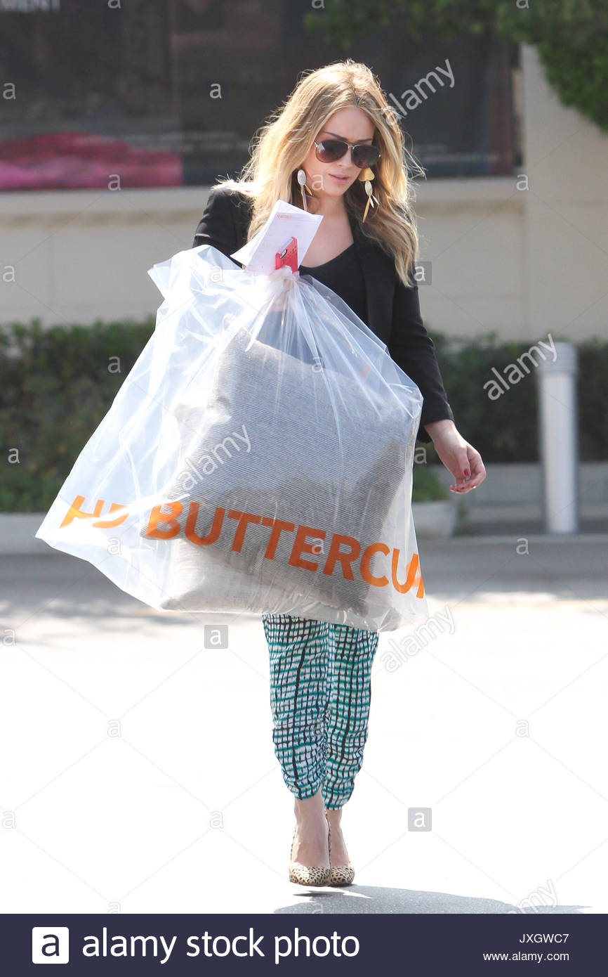 Singer/actress Hilary Duff Was Spotted Shopping At HD Buttercup Furniture  Store This Afternoon In Culver City. She Left The Store With A Huge Bag  With ...