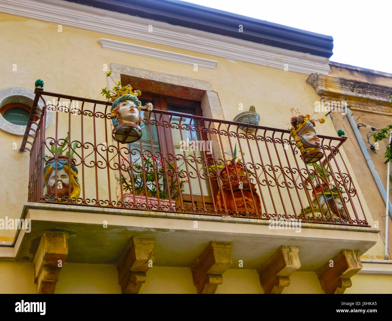 Italy balcony garden stock photos italy balcony garden for Balcony in italian