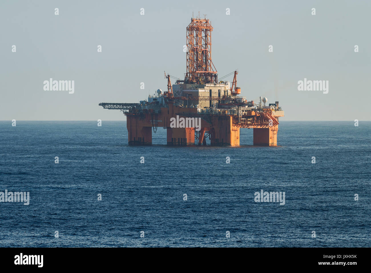 oil rig helicopter with North Sea Rig on C  Roberts Range 9 likewise Dmo Flight Design S 92 Sikorsky For X Plane also In Great Waters The Offshore Helicopter Business also Eachmanufacturer Designs Its Own Fuel as well Construx Oil Platform.