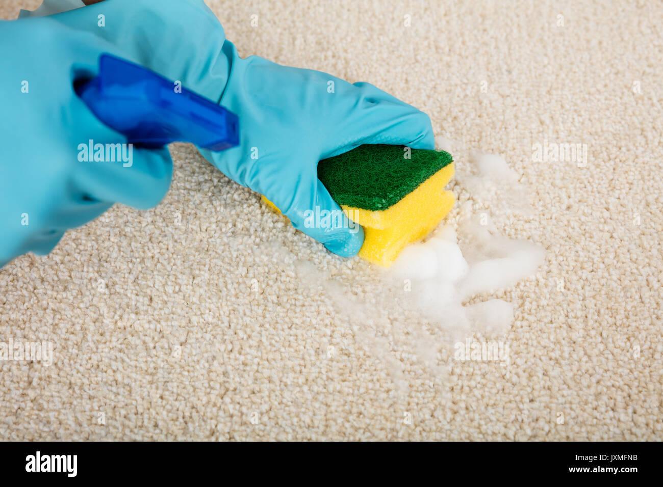 Как почистить ковер в домашних условиях содой и уксусом: отзывы, рецепты 41