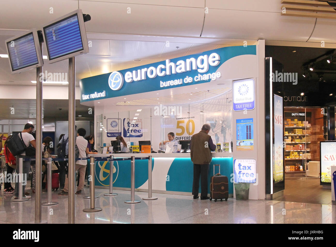 currency exchange airport stock photos currency exchange airport stock images alamy. Black Bedroom Furniture Sets. Home Design Ideas