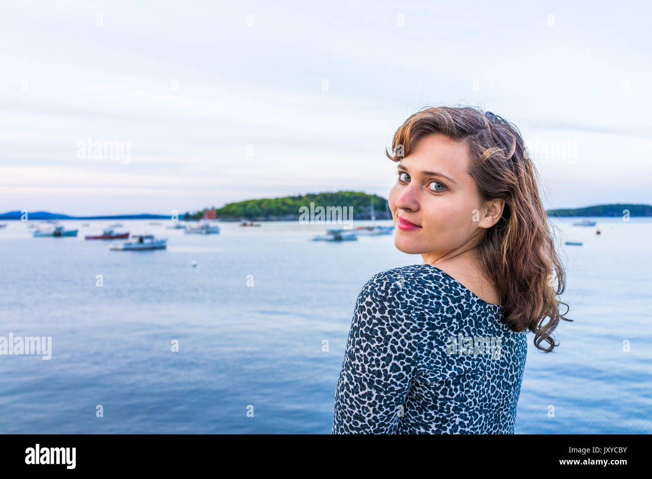 bar harbor online dating Acadian boat tours offers nature cruises, fishing trips, and lighthouse tours in bar harbor come explore coastal maine's rich wildlife and scenery with us.