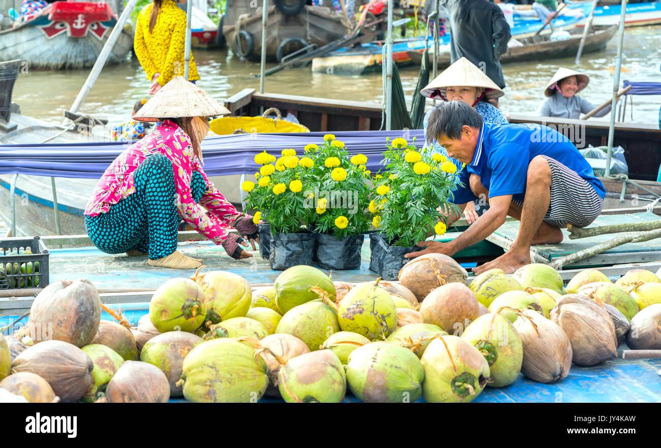 Flower Vendor Floating Flower Market Stock Photos Amp Flower